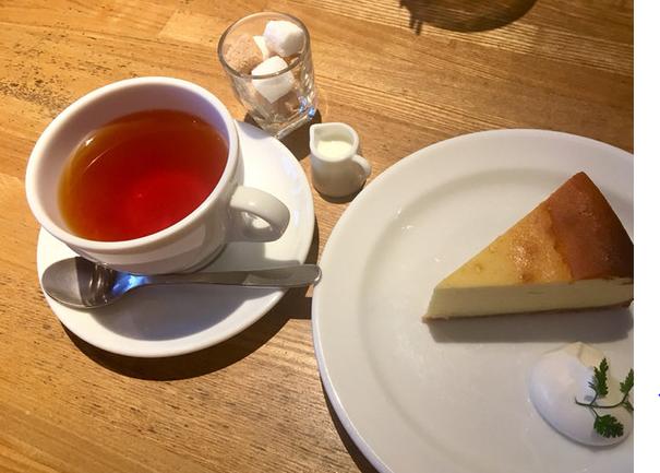 ワールドブックカフェのケーキ