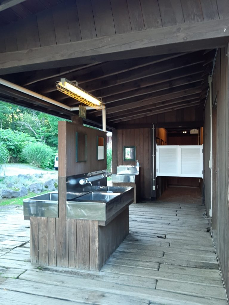ニセコサヒナキャンプ場の炊事場