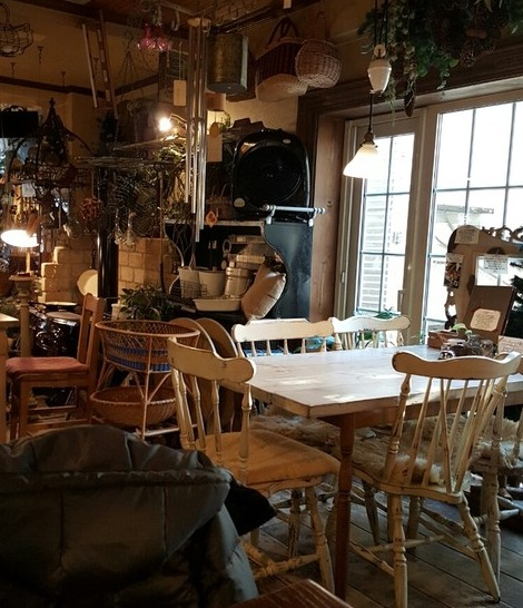 ジーカフェの店内