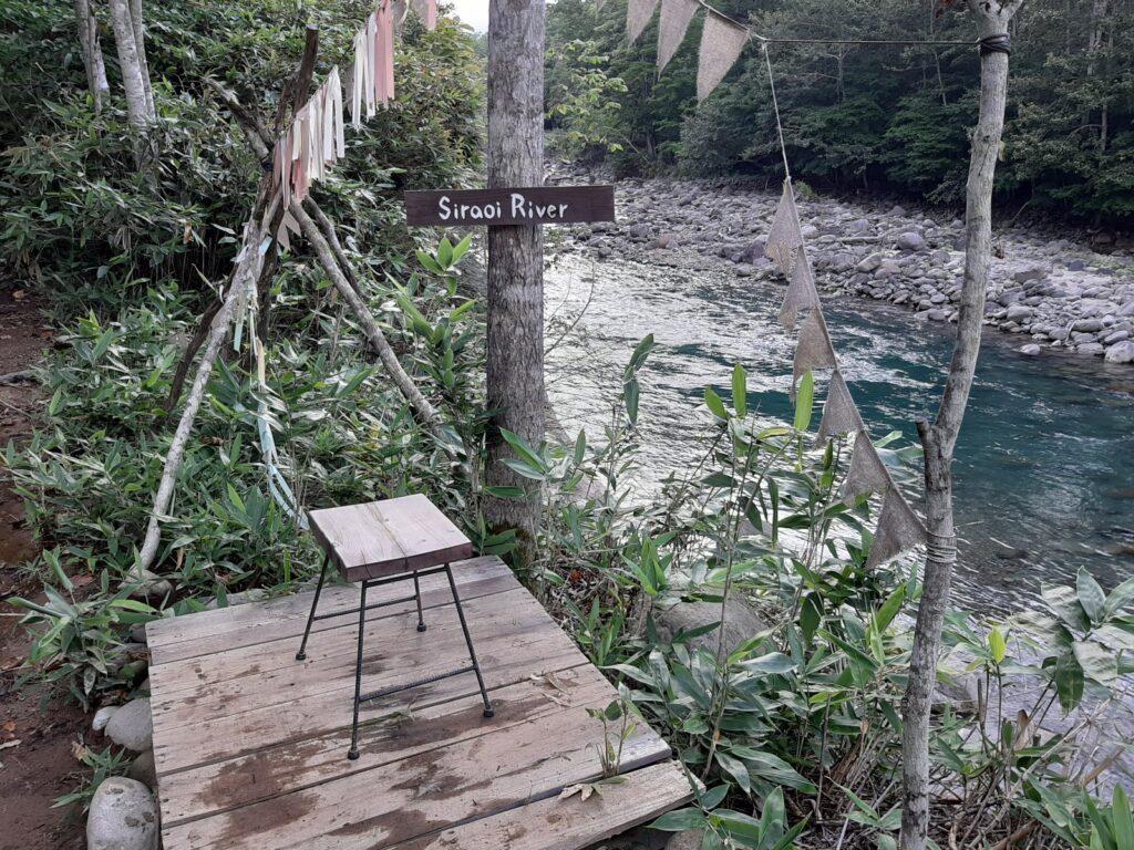 白老キャンプフィールドASOBUBAの白老川