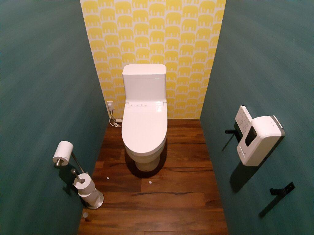 白老キャンプフィールドASOBUBAのトイレ