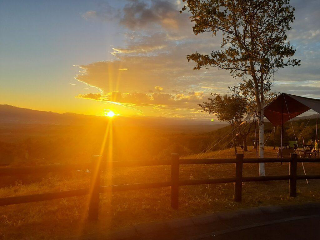 岩内オートキャンプ場マリンビューの朝陽